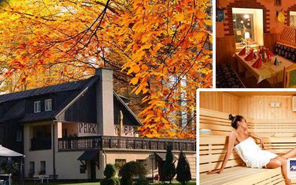 Relaxační pobyt na 3 dny pro dva v hotelu Park*** v centru malebného horského střediska Hrubého Jeseníku. V ceně bohaté snídaně formou švédských stolů a překvapení na pokoji. Skvělá poloha pro návštěvu spousty památek s nádhernou přírodou v okolí.
