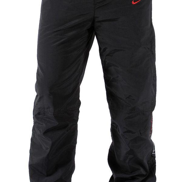 Pánské šusťákové kalhoty značky Nike z kvalitního materiálu
