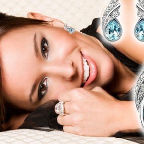 Šperkem potěšíte zaručeně každou ženu, ať je to náctiletá slečna či zralá dáma. Každou asi potěší něco trochu jiného, ale můžete si být jisti, že šperk je vždy trefa do černého.