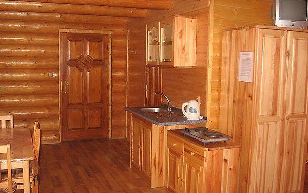 Ubytování ve srubu pro 2 osoby přímo v termálech Podhájská na 3 nebo 7 nocí