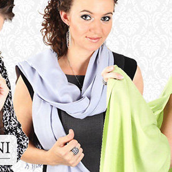 Luxusní šály značky Carlo Romani
