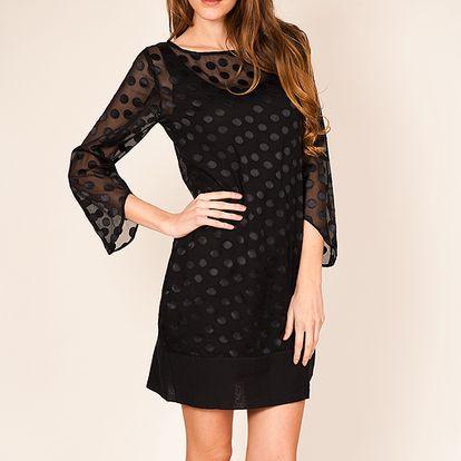Černé šaty s puntíky