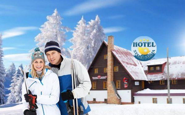Zimní ČTYŘDENNÍ pobyt v Krušných horách u nově otevřeného velkého skiareálu Plešivec! Pobyt PRO DVA sPOLOPENZÍ v Hotelu Stará Pošta*** jen za 2499 Kč! Vouchery platné do března 2014! Neváhejte, pouze 50 voucherů!