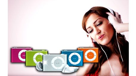 99 Kč za mini MP3 přehrávač se sluchátky, USB kabelem a nabíječkou. Vychutnávejte oblíbenou muziku na každém kroku s přehrávačem, vybírat můžete ze čtyř barev.
