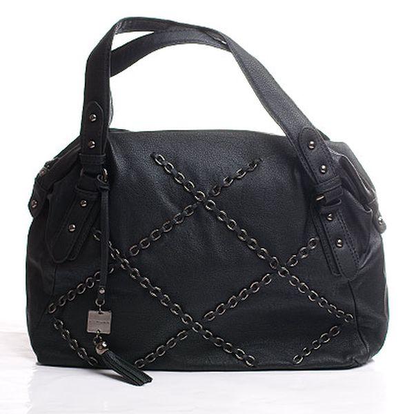 Řetízková černá podlouhlá kabelka