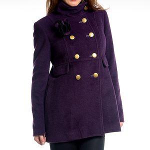 Dámský tmavě fialový kabát s květinou Simonette