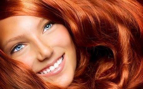 Hloubková regenerace a hydratace vlasů s certifiko...
