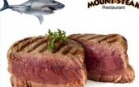 2 x 250g steak ze žraloka modrého s přílohou ve vyhlášené restauraci českých celebrit Mount Steak Restaurant!