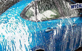 Důkladné ruční umytí auta v OC Mercury