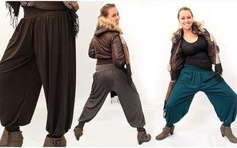 Velmi oblíbené harémové kalhoty v zimní variantě, díky kterým budete in a zároveň v teple! Kalhoty mají z ultra moderní střih a jsou vyrobeny z vysoce kvalitního materiál.