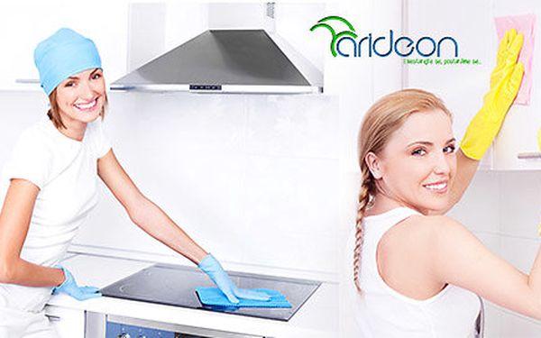 Profesionální úklid v délce 2 hodin a strojní čištění od úklidové společnosti Arideon