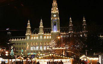 Jednodenní zájezd za jedinečnou vánoční atmosférou do Vídně za skvělých 560 Kč!