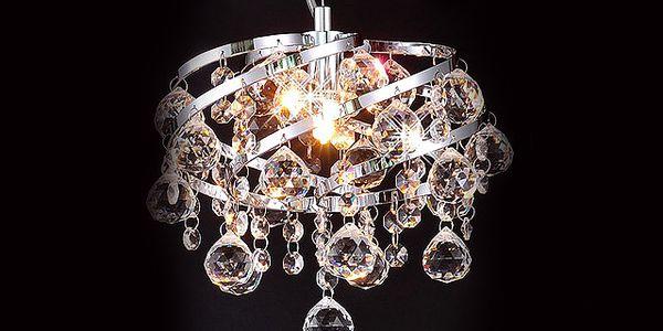 Luxusní křišťálový lustr