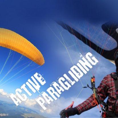 Adenalinový MINIKURZ PARAGLIDINGU v délce trvání cca 5 hodin za neuvěřitelnou cenu 799 Kč! Naučte se ovládat padákový kluzák a zažijte úžasný pocit z letu! Vhodné také jako skvělý vánoční dárek!