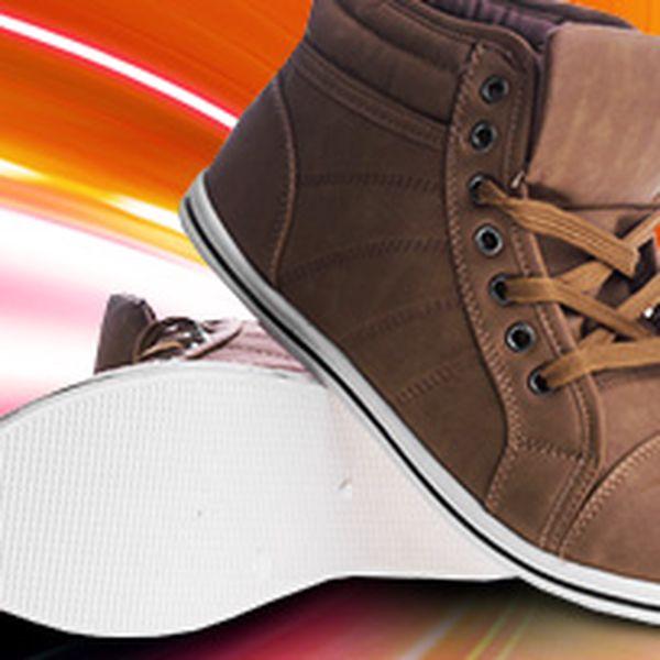 Výprodej dámské a pánské obuvi Moodex
