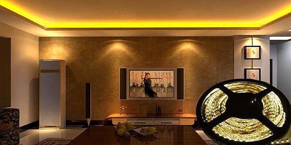 LED Pásiky - 5 metrové s konektorom a adaptérom pre kreatívne osvetlenie vašej domácnosti