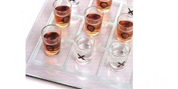 Zahrajte si se svými přáteli tyto alkoholové piškvorky! O zábavu bude postaráno pouze za 299 v naší akci!