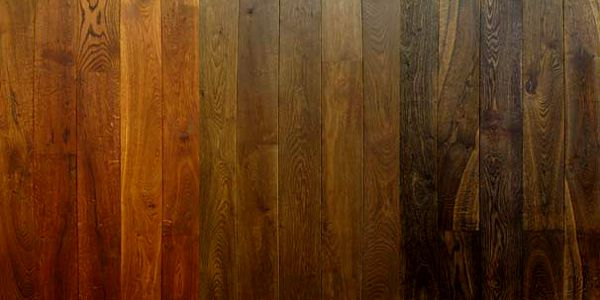Dřevěná podlaha Dub kouřový - louhovaný, kartáčovaný