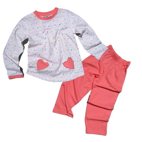 Růžové pyžamo se srdíčky