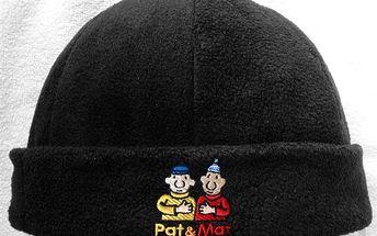 Černá flísová čepice Pat a Mat - A je to .... v teple!