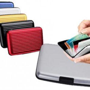 Pouzdro na doklady s doručením v ČR zdarma! Díky tomuto velmi lehkému pouzdru budete mít všechny doklady uspořádané do přihrádek. Již nemusíte karty hledat dlouze v tašce nebo kabelce.