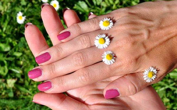 P-shine japonská manikúra. Preferujete přírodní nehty? Tak právě pro Vás je tato zajímavá nabídka.