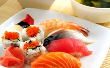 Veškeré SUSHI a SUSHI-SETY s 60% slevou! Sleva 50 % i na ostatní jídla dle vaší chuti přímo na Karlově nám.! Sleva platí i na jídla s sebou...