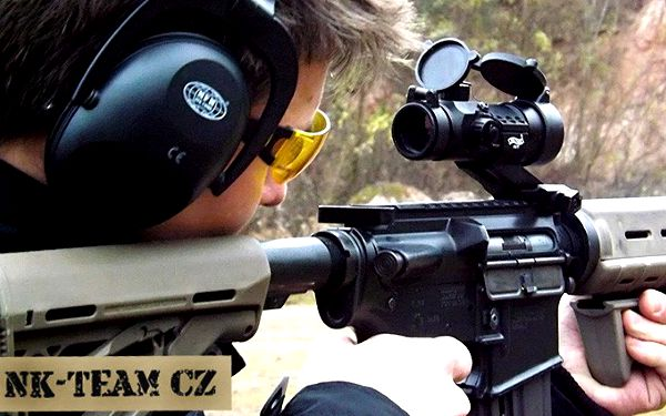 Střílení z 9 typů zbraní na profesionální střelnici - 90 nábojů výběrem ze 40 zbraní