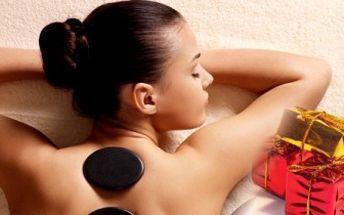 ČOKOLÁDOVÁ, KOKOSOVÁ nebo masáž HORKÝMI LÁVOVÝMI KAMENY dle výběru včetně šampaňského.