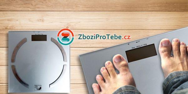 Inteligentní OSOBNÍ VÁHA Soehnle, s měřením svalové hmoty, tuků a vody v těle, za pouhých 499 Kč VČETNĚ POŠTOVNÉHO! Obsahuje vnitřní paměť až pro 10 osob, pomůže Vám zhubnout a dát se po vánocích do formy!