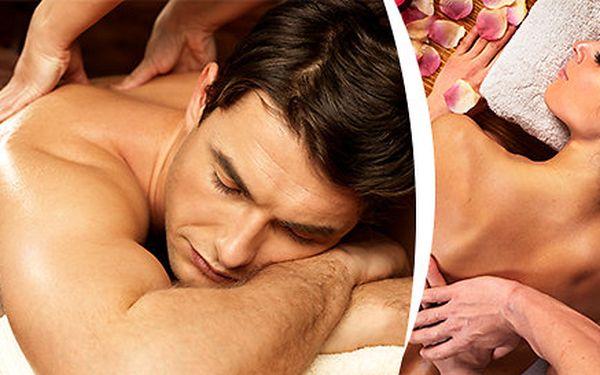 Hodinová levandulová masáž rukou a ramenního pletence + uvolňující masáž šíje
