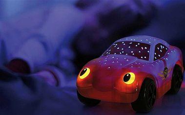 Noční svítící hvězdné auto promítá hvězdy a tvary blesku na stěny a strop