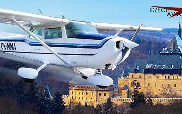 Vyhlídkový let nad Prahou, Karlštejnem či Orlíkem