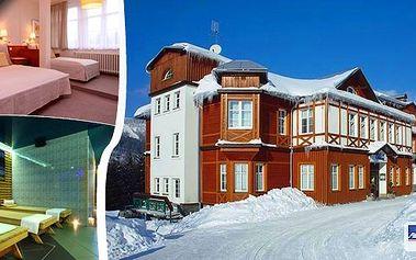 LAST MINUTE pobyt ve 4* hotelu Sněžka Špindlerův Mlýn pro 2 osoby na 3 dny s výhledem na Medvědín, údolí Sv. Petra a centrální hřeben Krkonoš. Bufetové snídaně, svařák, privátní Spa&Relax centrum, sleva na skipass a zapůjčení sněžnic !!!