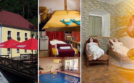 Sólo dovolená v penzionu Pod Hradem s polopenzí, neomezeně sauna a bazén se slanou vodou, 90 minut včelího relaxu a lahev vína. Pobyt v srdci Novohradských hor v Jižních Čechách - balzám pro Vaše tělo i duši!!
