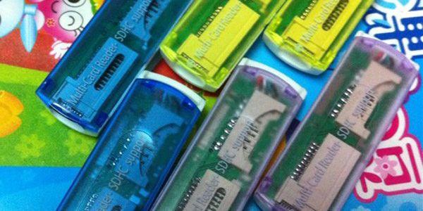 Čtečka paměťových karet ve třech barvách!