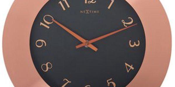 Úžasné nástěnné hodiny Winchester o průměru 45 cm, které jsou zhotoveny z atraktivní kombinace měděného kovu a skla
