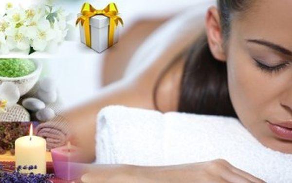 BYLINKOVÁ MASÁŽ zad a šíje. 4 bylinné oleje na výběr. Krásný relaxační dárek pro ženy i muže.