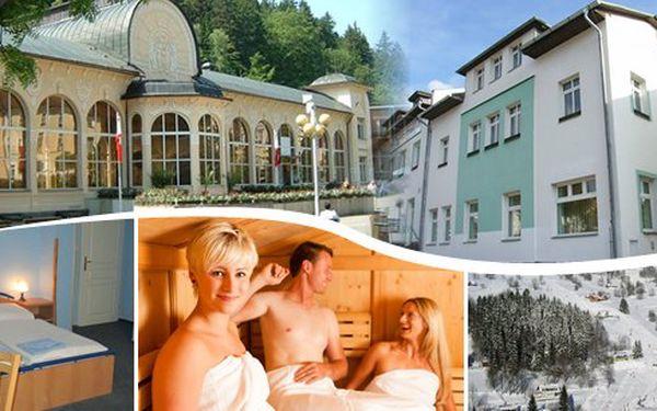 Zimní pobyt v Krkonoších pro 2 na 2 nebo 5 nocí se snídaní a saunou v penzionu Union v Černém Dole - vzdálenost od skiareálu pouhých 200 m! Skibus zdarma do dalších areálů SkiResortu Černá Hora - Pec. 1 skipas platí do všech 5 skiareálů!