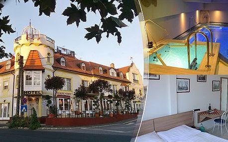Pobyt pro 2 osoby na 3 dny s polopenzí jen 100 metrů od jezera Balaton v Hotelu Balaton*** v Maďarsku! V ceně je vstup do nádherného wellness centra, které vám nabídne krásný krytý bazén, saunu i vířivku!