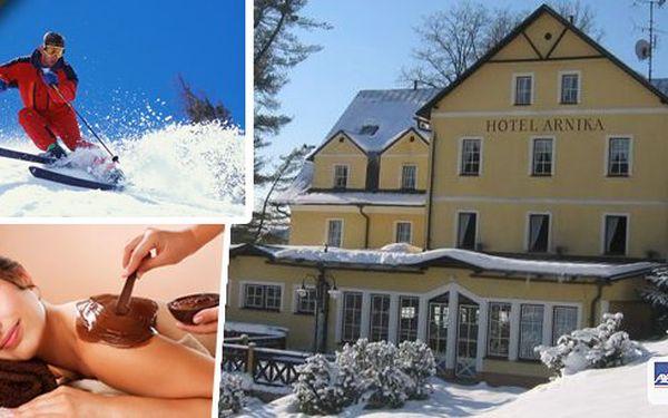 Pobyt pro 2 osoby v hotelu Arnika v nádherném prostředí Krkonoš na 3 nebo 6 dní s bohatou polopenzí. Čokoládové fondy s ovocem, vyhřívaný bazén s protiproudem, sauna, oxygenoterapie ... Skvělé lyžování, upravené běžecké stopy i sáňkování!