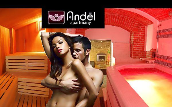 Nejlepší způsob odpočinku je naložit se do vířivky a nejlépe ve dvou. 90 minut pro 2 osoby ve vířivce a finské sauně v soukromí hotelu Anděl apartmány.
