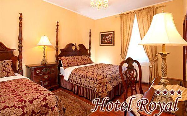 Silvestrovský pobyt v luxusním Hotelu Royal**** pro dva s rautem