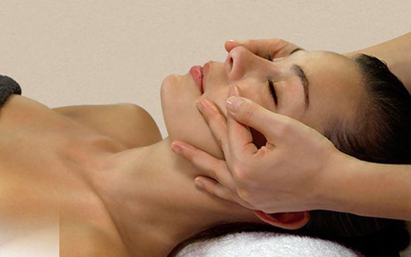Energizující kosmetické ošetření + parafínový zábal (ruce, nohy)!