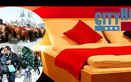 Romantický ADVENT v BRNĚ s ubytováním na 1 noc PRO DVA včetně SNÍDANĚ v CITY HOTEL se slevou 33 %: Tradiční moravský punč, valašský frgál, slovenské sýry, dílničky a mnoho dalšího. Užijte si vánoční trhy s výbornou dostupností do centra přímo z hotelu.