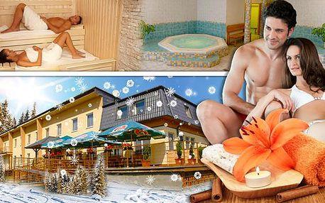 Moravský kras a uvolňující wellness se saunou a vířivkou. Sauna i vířivka zdarma v hotelu Vrchovina u propasti Macocha a Punkevní jeskyně. Bohatá polopenze a dítě do 6 let grátis – užijte si rodinný relax s NewGo.cz!