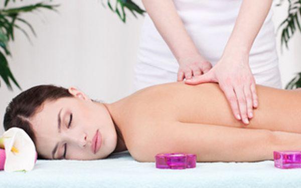 Thajská olejová masáž (možnost párové masáže) + výběr z procedur - liftingová vypínací masáž, reflexní masáž nohou, rukou.