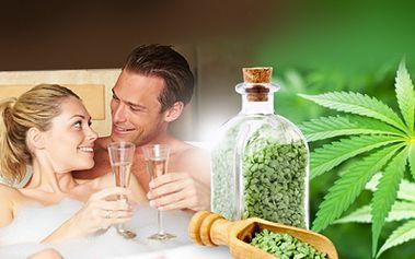 Romantický WELLNESS v PRIVÁTNÍ VÍŘIVCE v léčivé lázni plné KONOPÍ za jedinečných 449 Kč! Regenerační koupelová konopná sůl s minerály očišťuje, revitalizuje pokožku a odplavuje únavu a stres! Skvělý relax se slevou 62%!