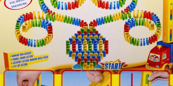 Domino Auto - 200 dílků - s tímto autíčkem se rozhodně děti nudit nebudou!