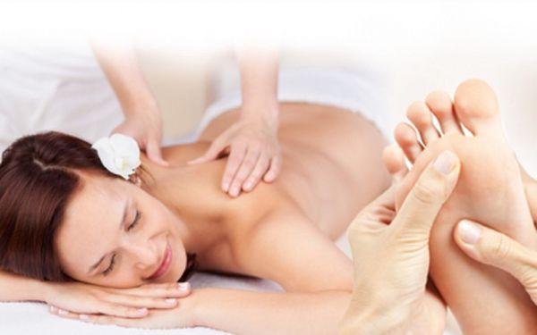 Báječná TERAPIE PRO UNAVENÁ A BOLAVÁ ZÁDA! Celkem 80 minut relaxace za 299 Kč! Dopřejte si voňavou péči, která Vás zbaví napětí a napomůže uvolnění ztuhlých svalů! Čeká Vás zábal na zahřátí + masáž zad, šíje, beder a plosek nohou!